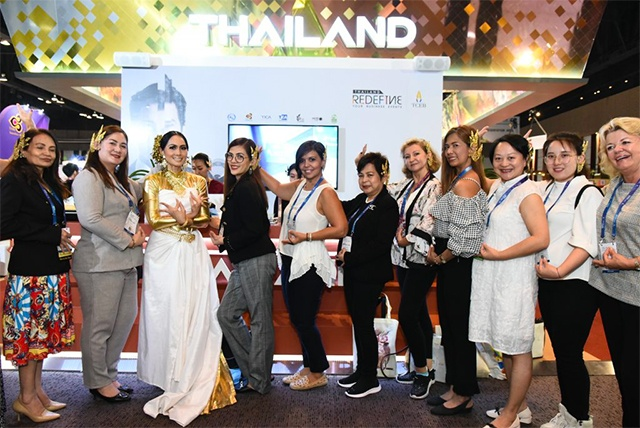 Delegates in front of Thailand Convention and Exhibition Bureau (TCEB) booth at IT&CM Asia and CTW Asia-Pacific 2019